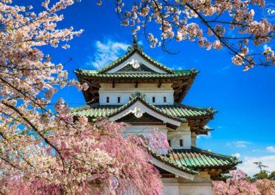 Hirosaki-castello-cornice-giorno