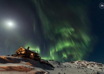 Aurora-Gjeasvaer-casa-e-luna